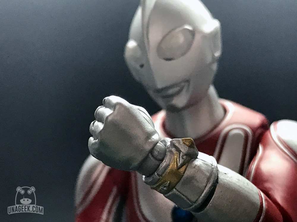 Fotoreseña: Ultra-Act Ultraman Jack de Bandai | Brazalete